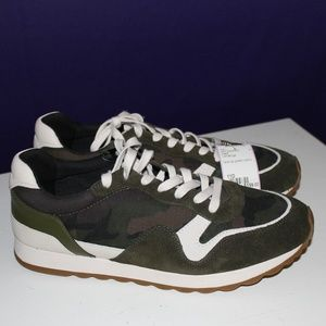 LIKE NEW Coach Sneakers